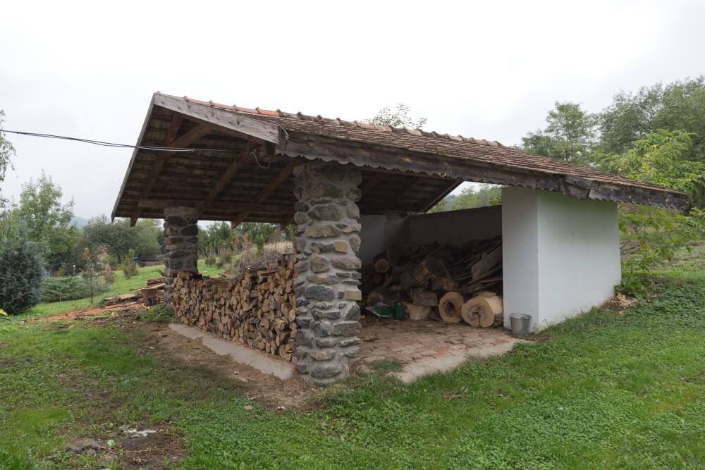 Bableves-Vendeghaz-Brennholzlager
