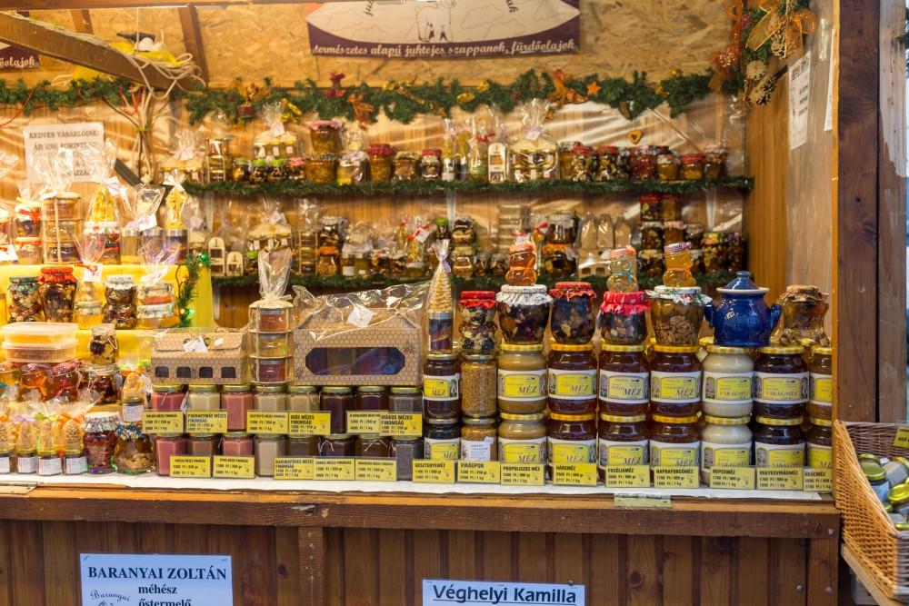 Sopron_Adventmarkt_Honigstand