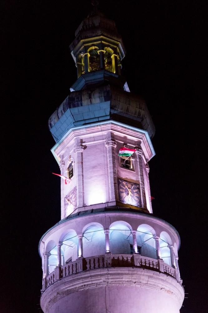 Sopron_Feuerturm_Nachtbeleuchtung