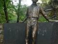 Jozsef_Attila_Statue.jpg