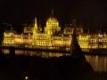 Parlament_nachts