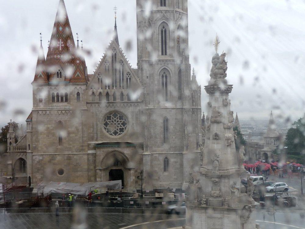 Burghotel, Aussicht bei Regen