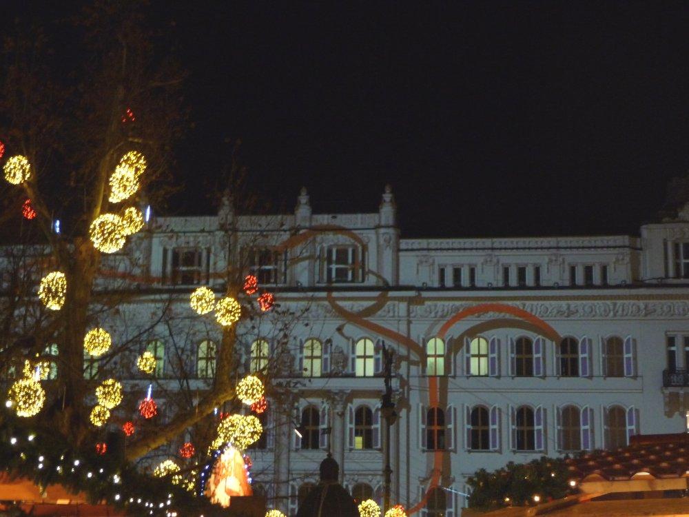 Licht-Show am Gerbeaud auf dem Weihnachtsmarkt Budapest