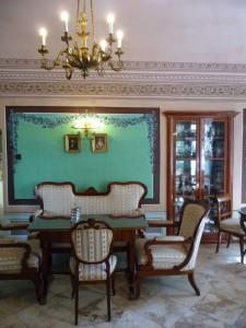 Hundertjährige Konditorei Gyula - Sofagruppe
