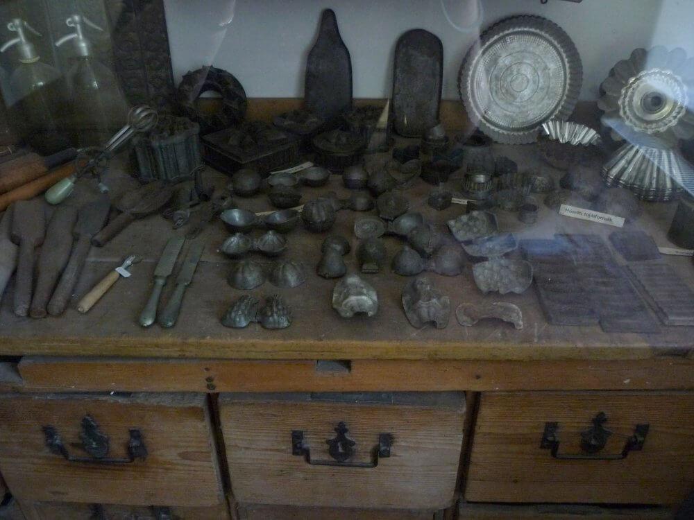 Hundertjährige Konditorei Gyula - Zinnformen