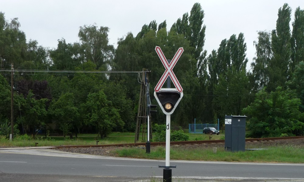 Bahnübergang in Ungarn