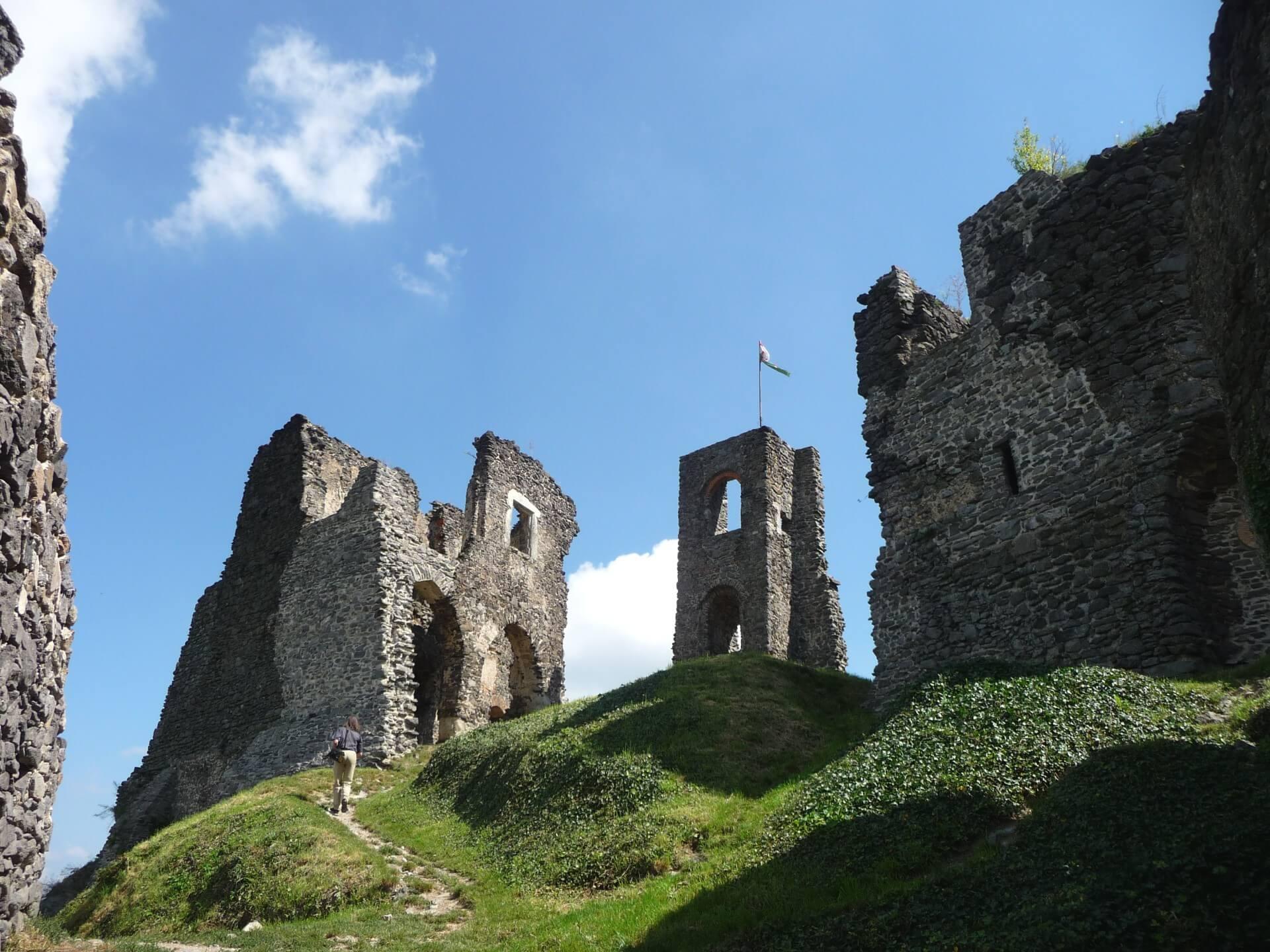 Ruine der Burg Somló, Innenbereich