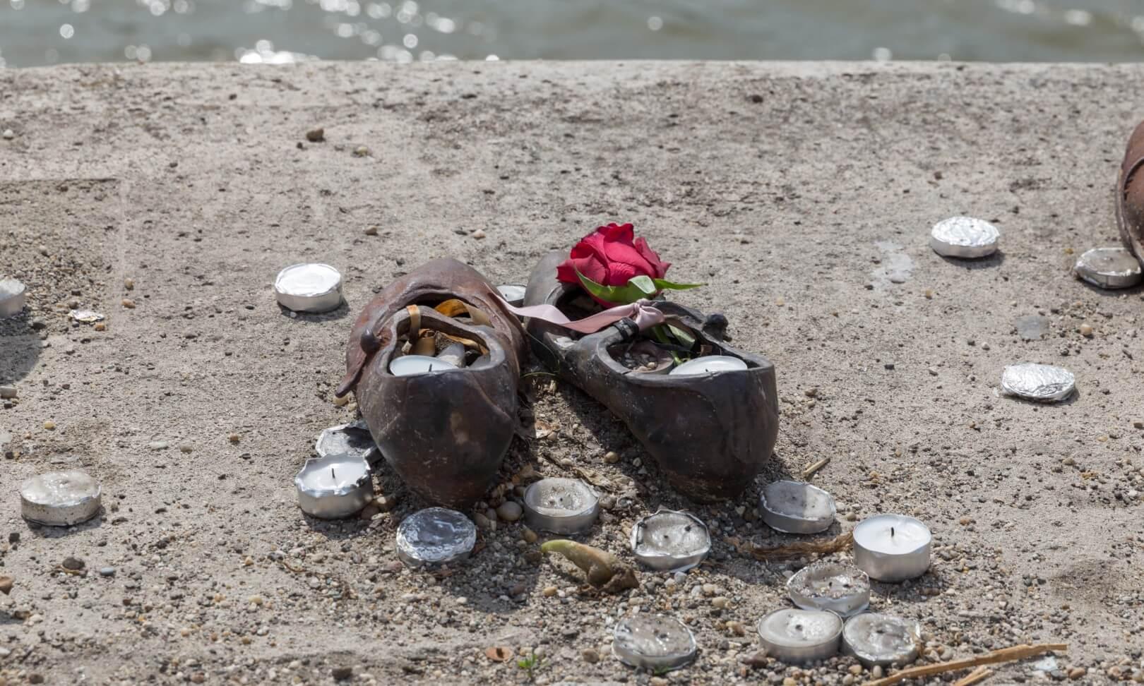Die Schuhe An Der Donau Ein Stilles Und Ergreifendes Mahnmal