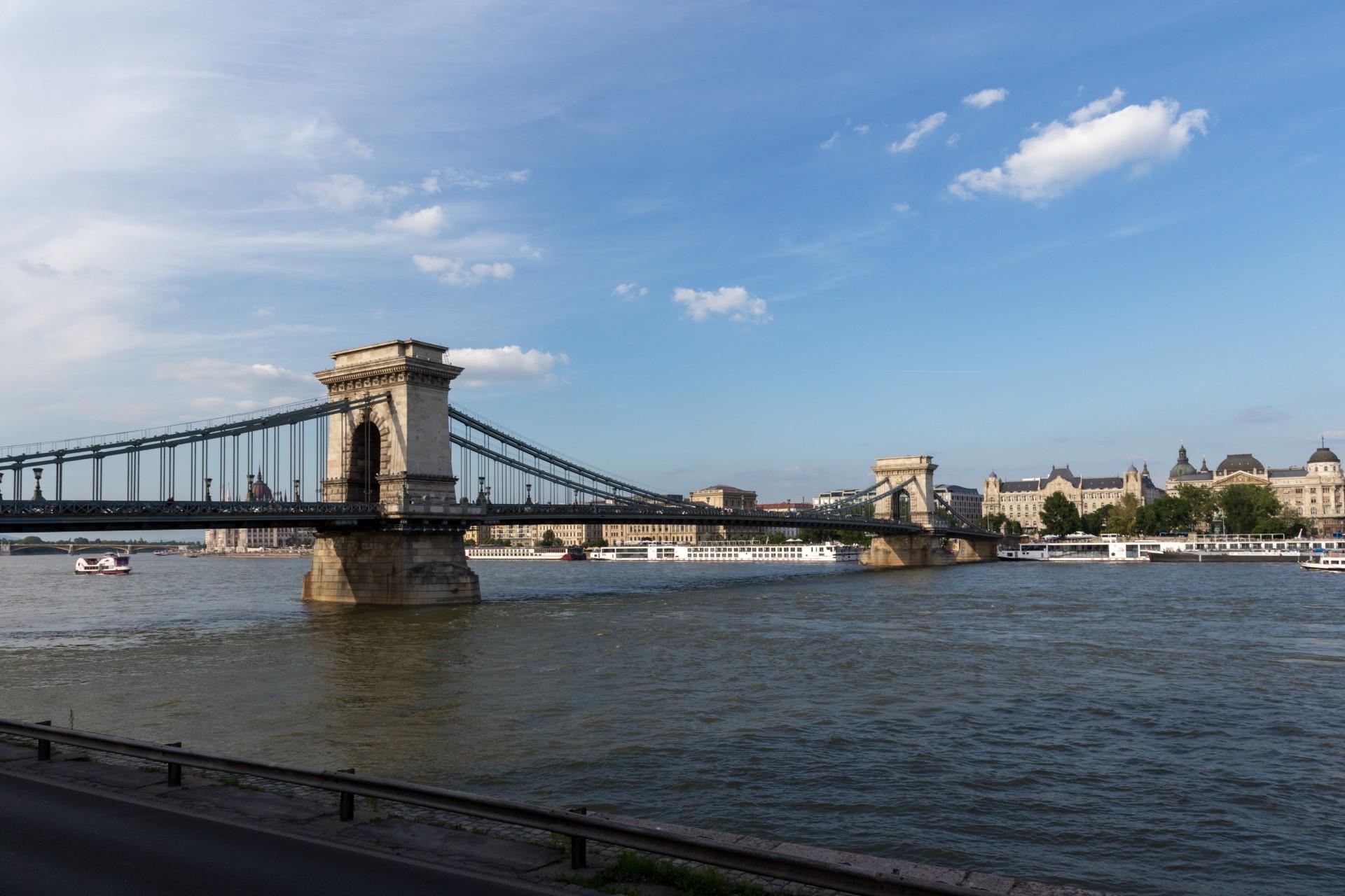 Kettenbrücke Budapest, Gesamtansicht