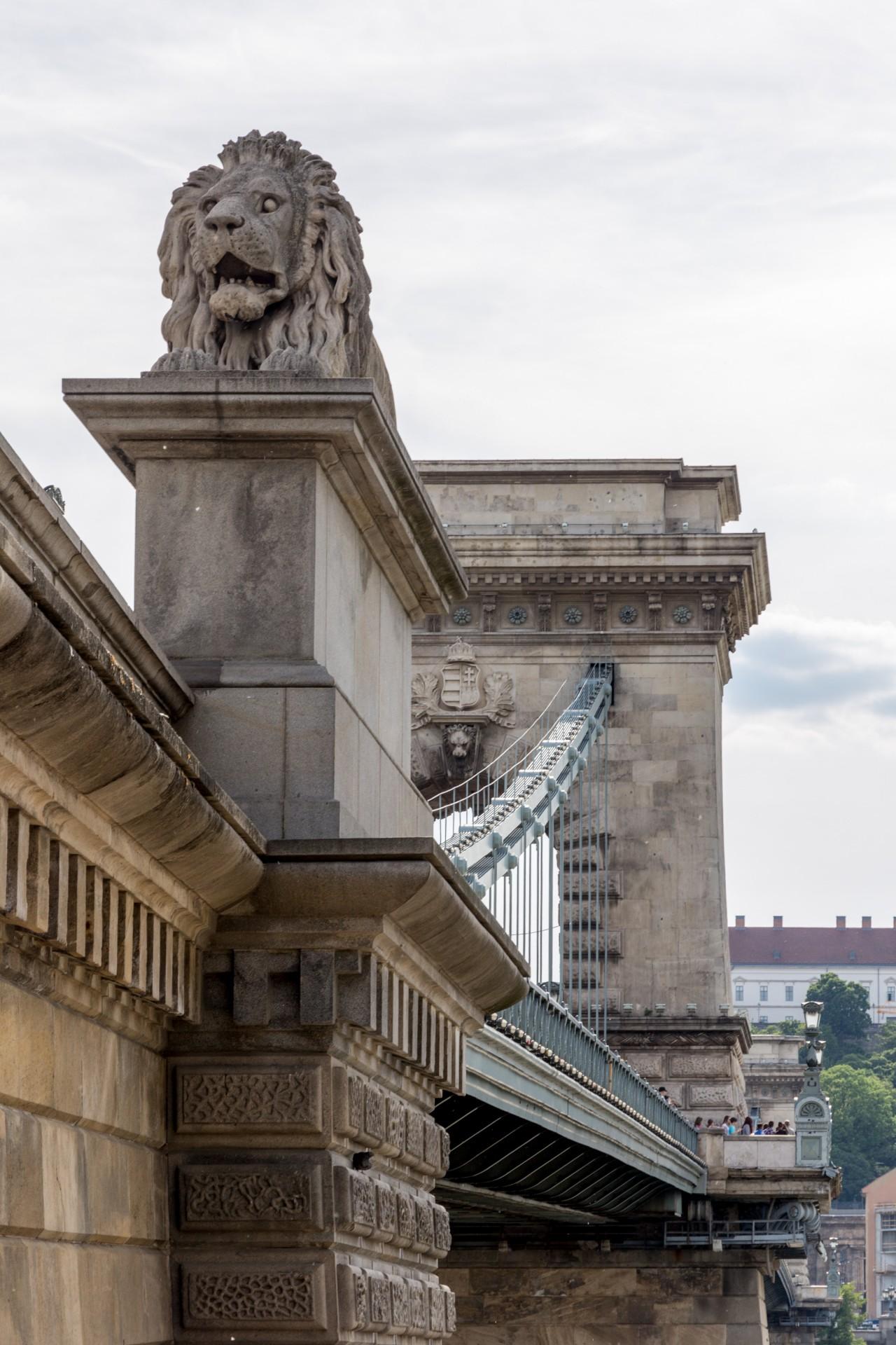 Blick zur Kettenbrücke Budapest