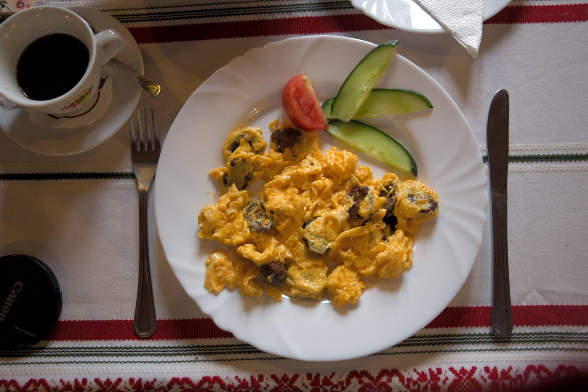 Frühstück in der Patkós Csárda Tiszafüred