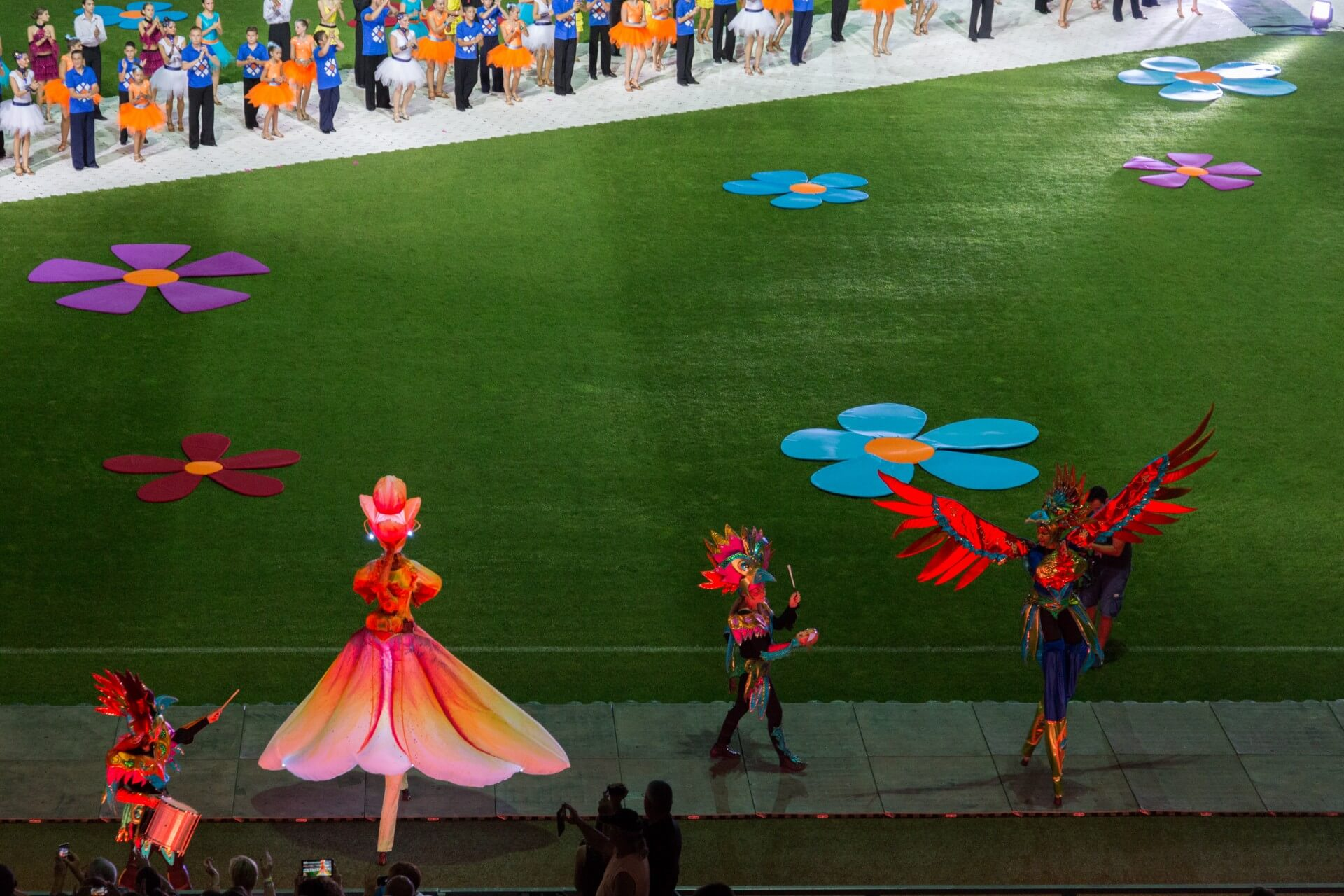 Blumenkarneval Debrecen, Stelzenart im Stadion