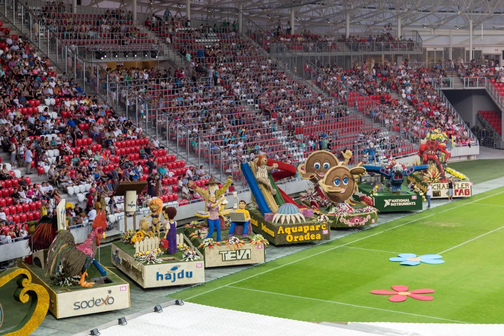 Blumenkarneval Debrecen, Wagen im Stadion