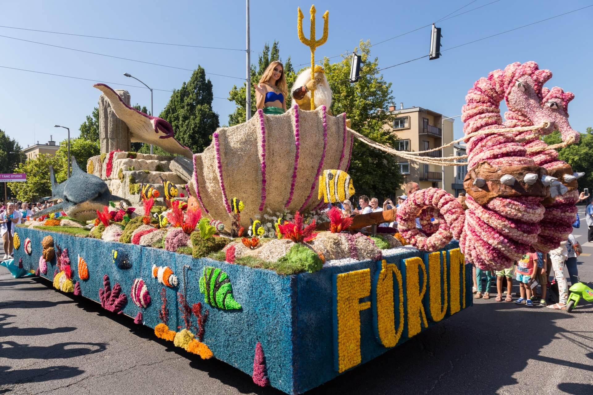 Blumenkarneval Debrecen, Wagen Neptuns Reich