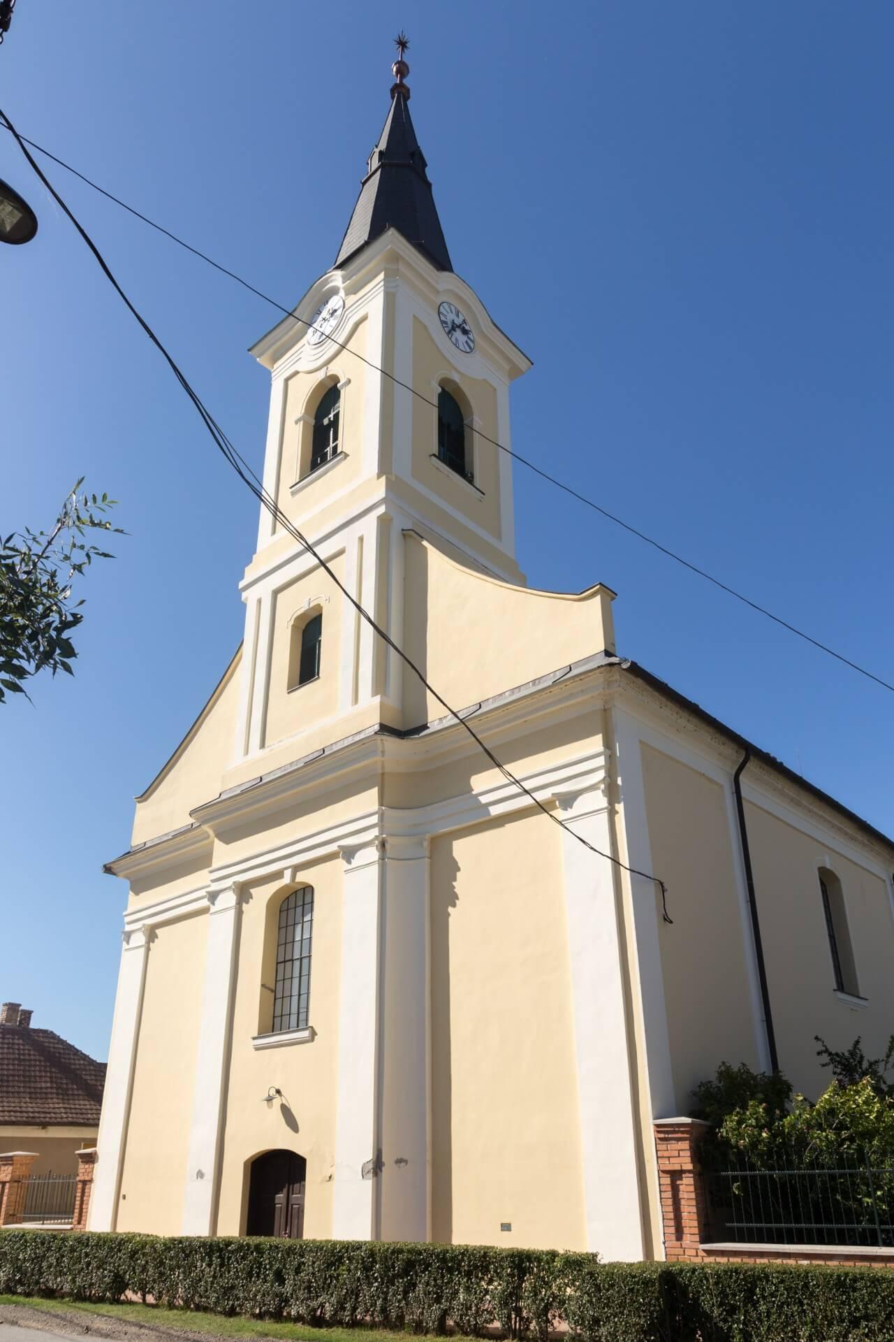 Reformierte Kirche Bogyiszló