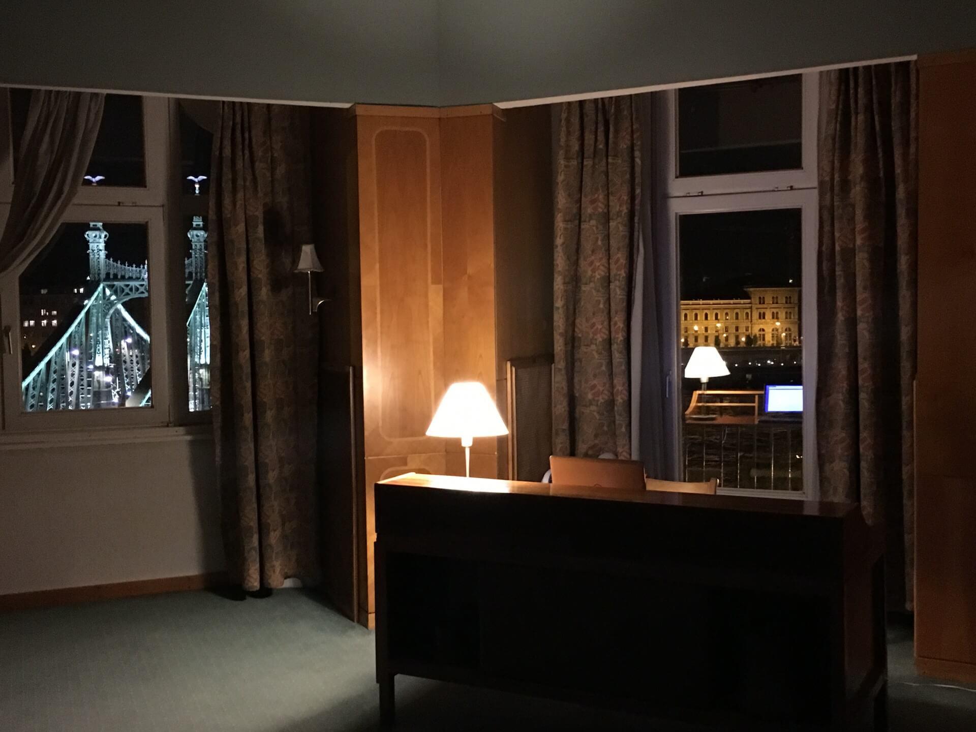Zimmer mit Ausblick im Hotel Gellért Budapest