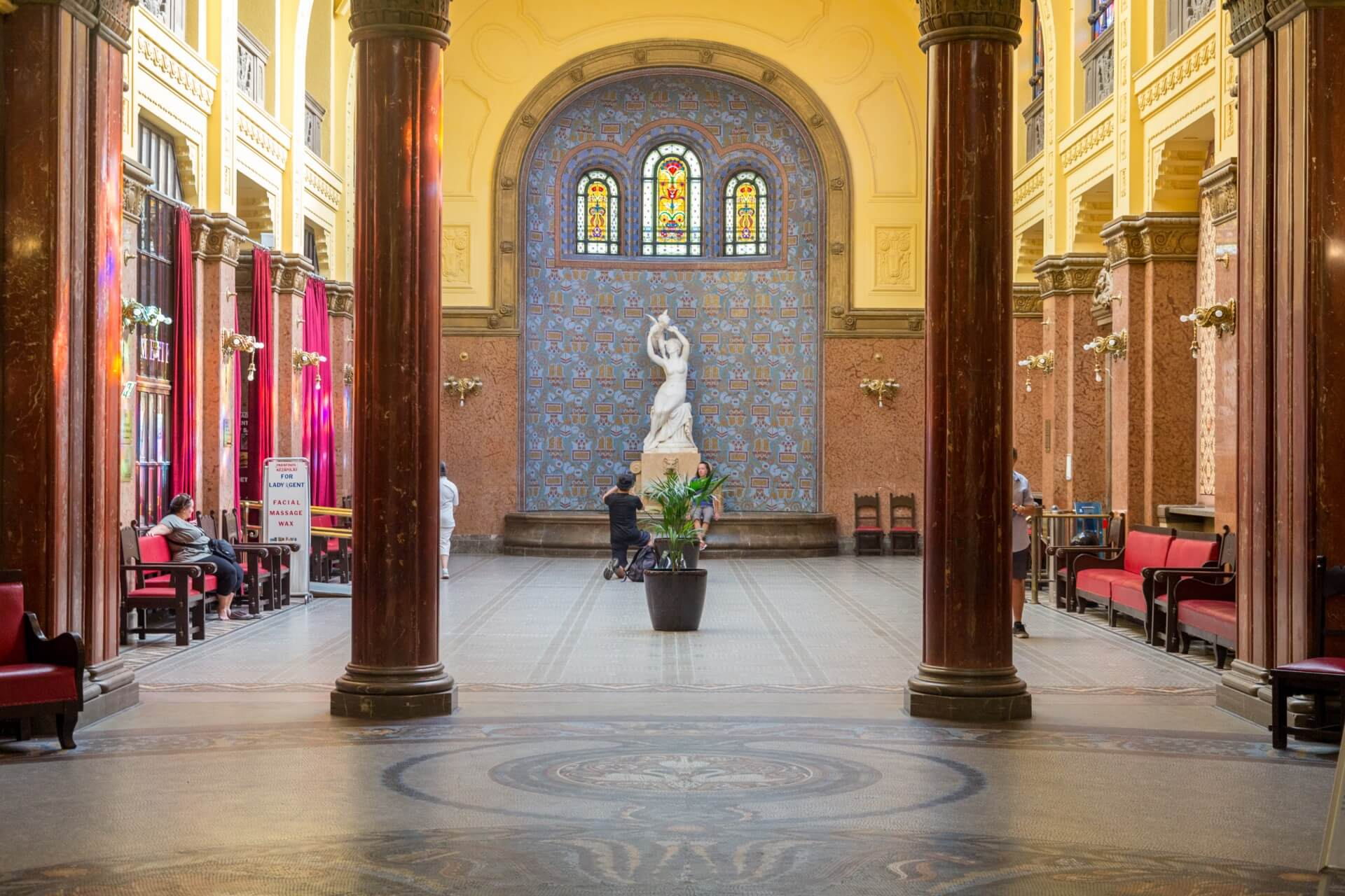 Gellért-Bad, Foyer, hinterer Teil