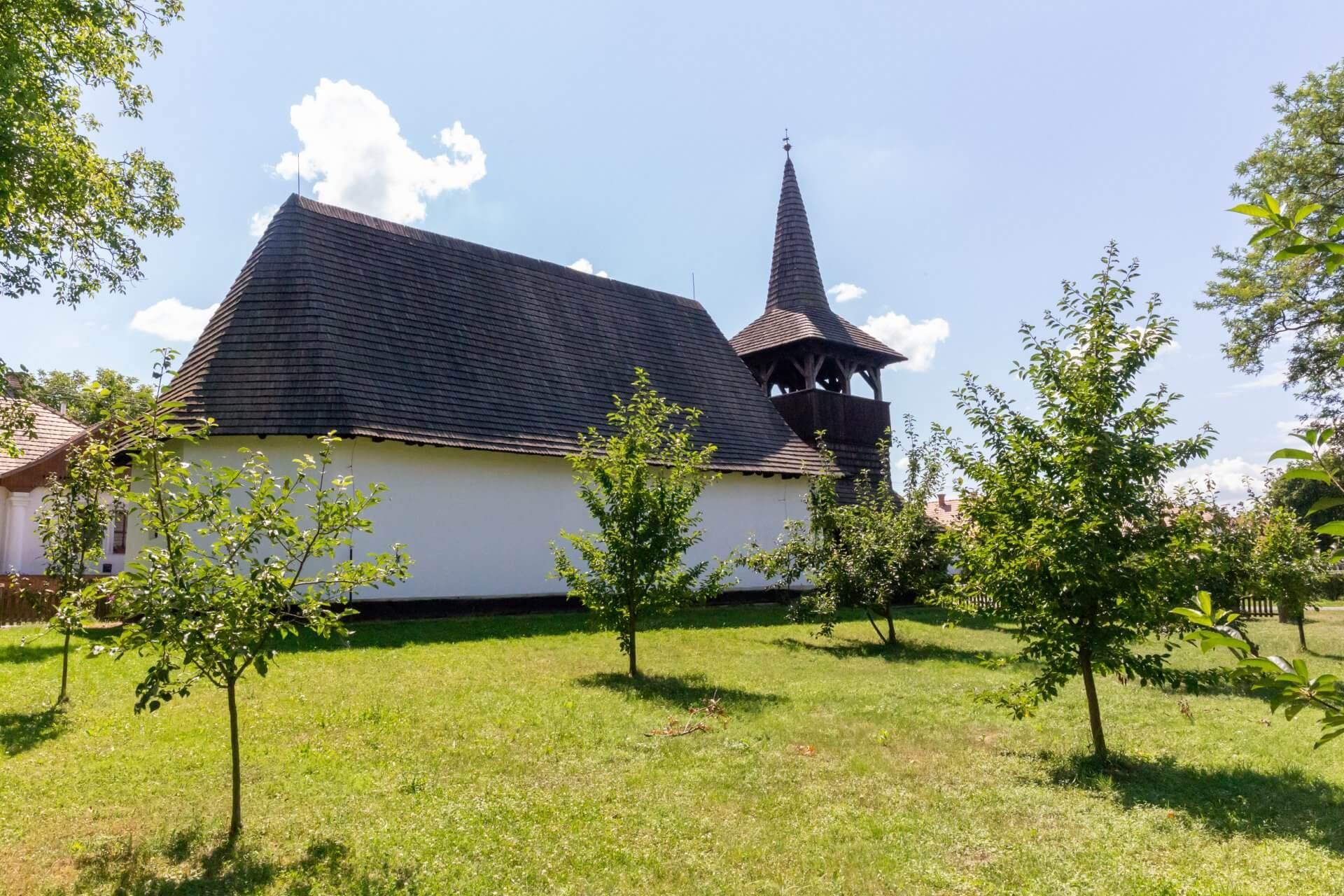 Streuobstgarten in Tákos