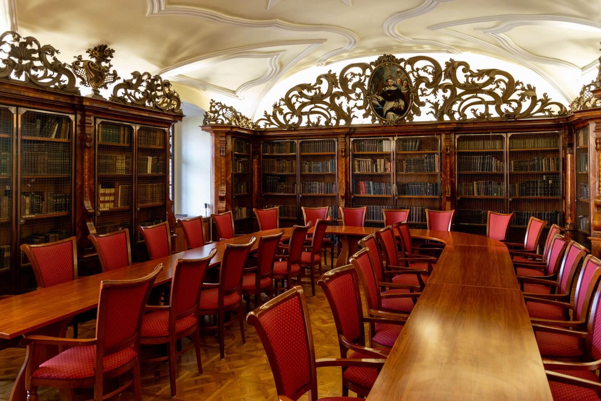 Barockzimmer (Barokk térem) im Hotel Klastrum Győr