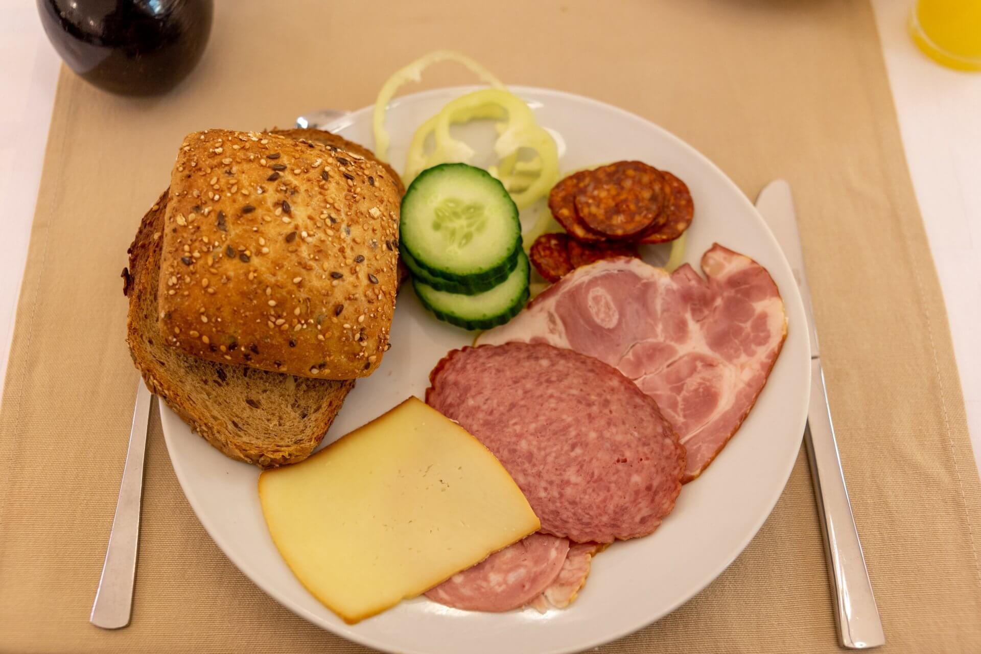 Solides Frühstück in Győr