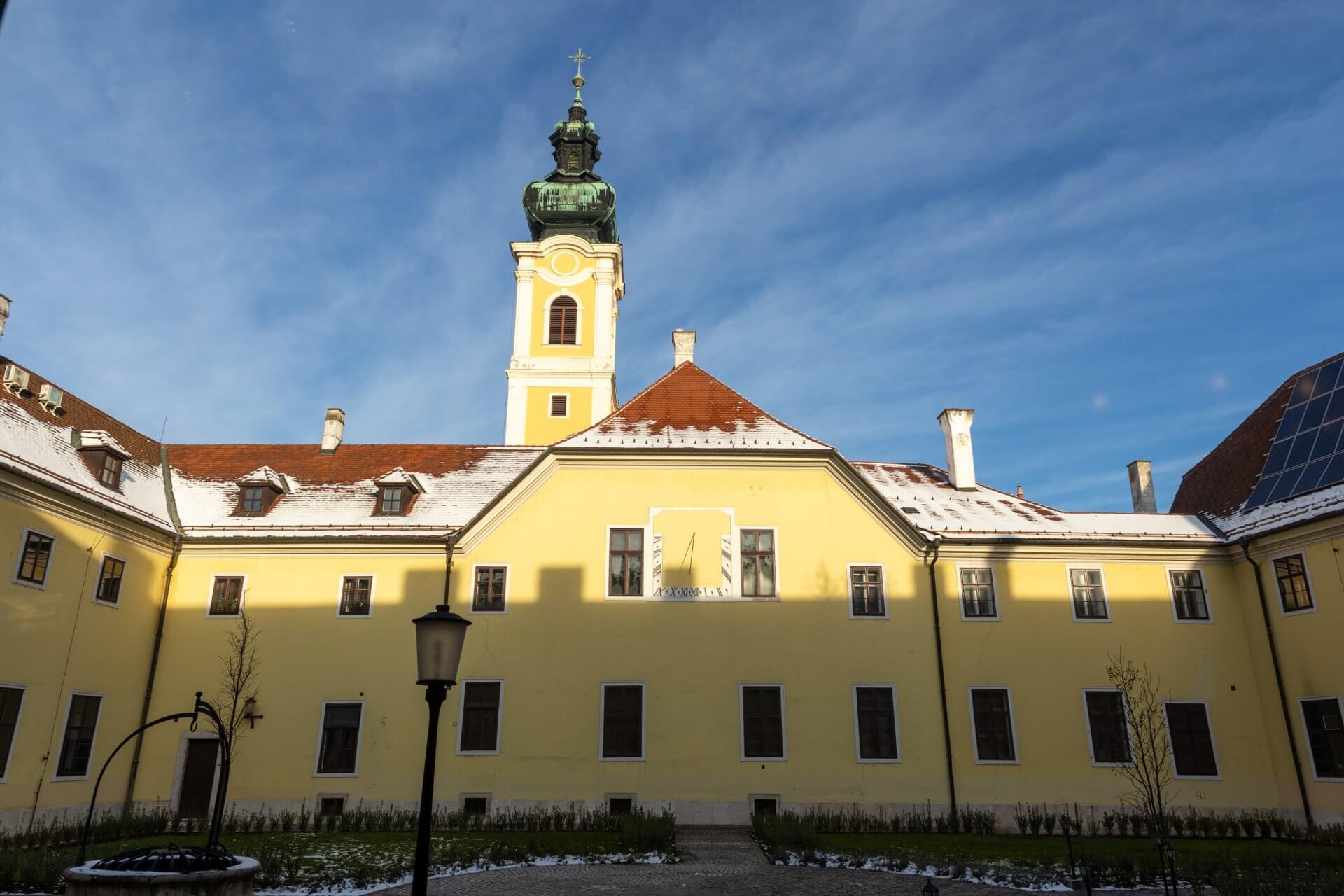 Innenhof vom Klastrum Hotel in Győr