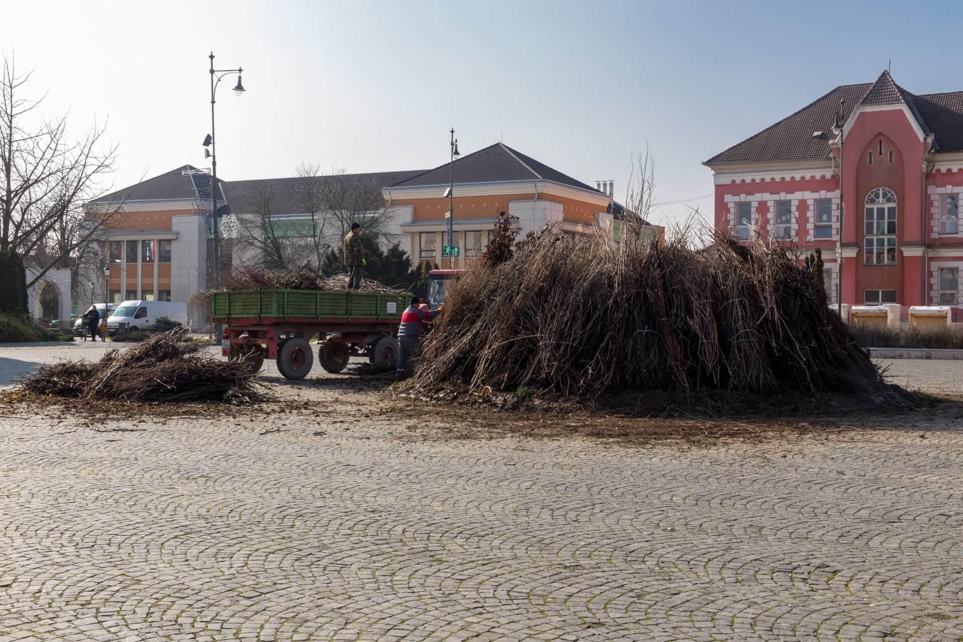 Feuervorbereitungen in Mohács