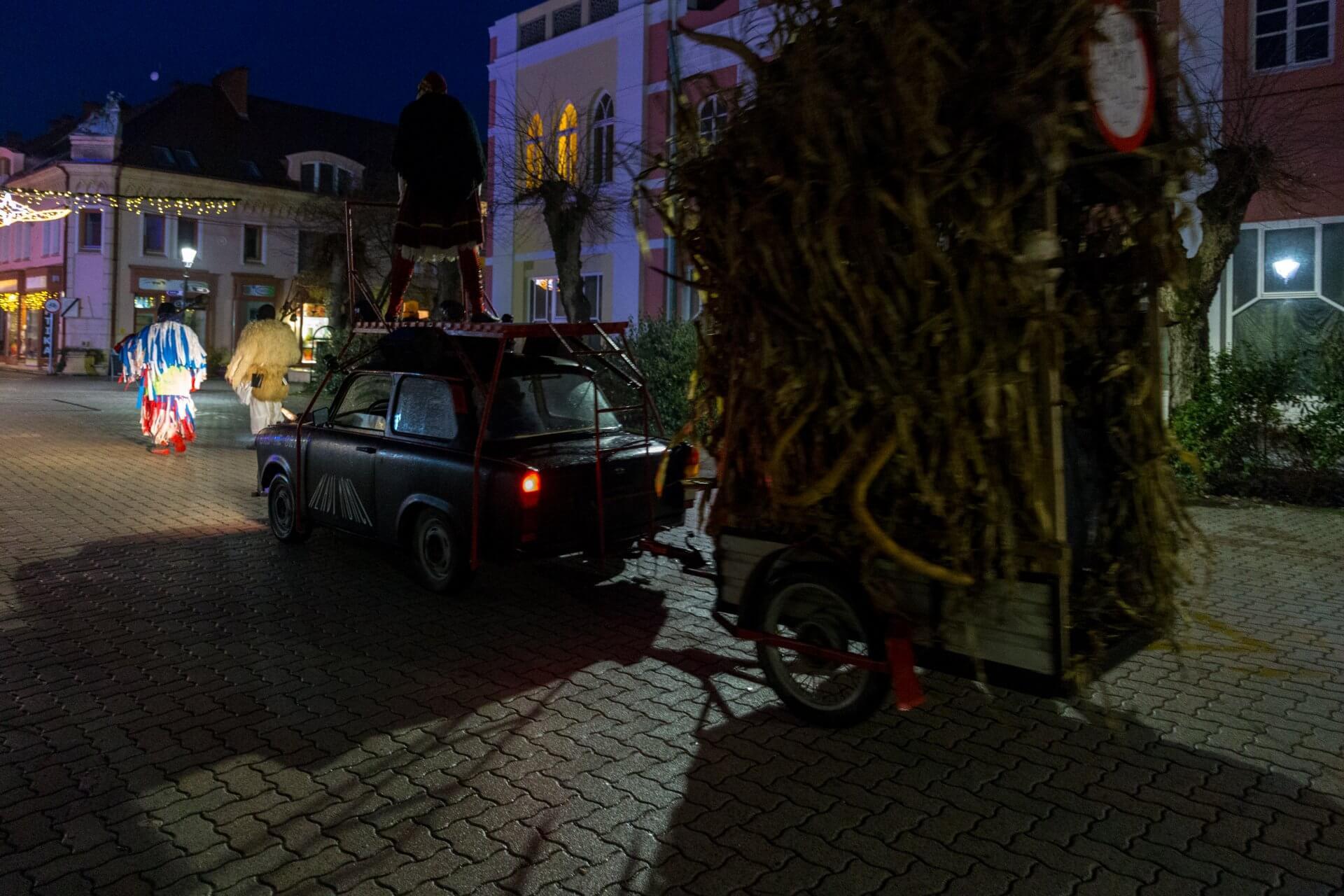 Ein Trabant für die Busós