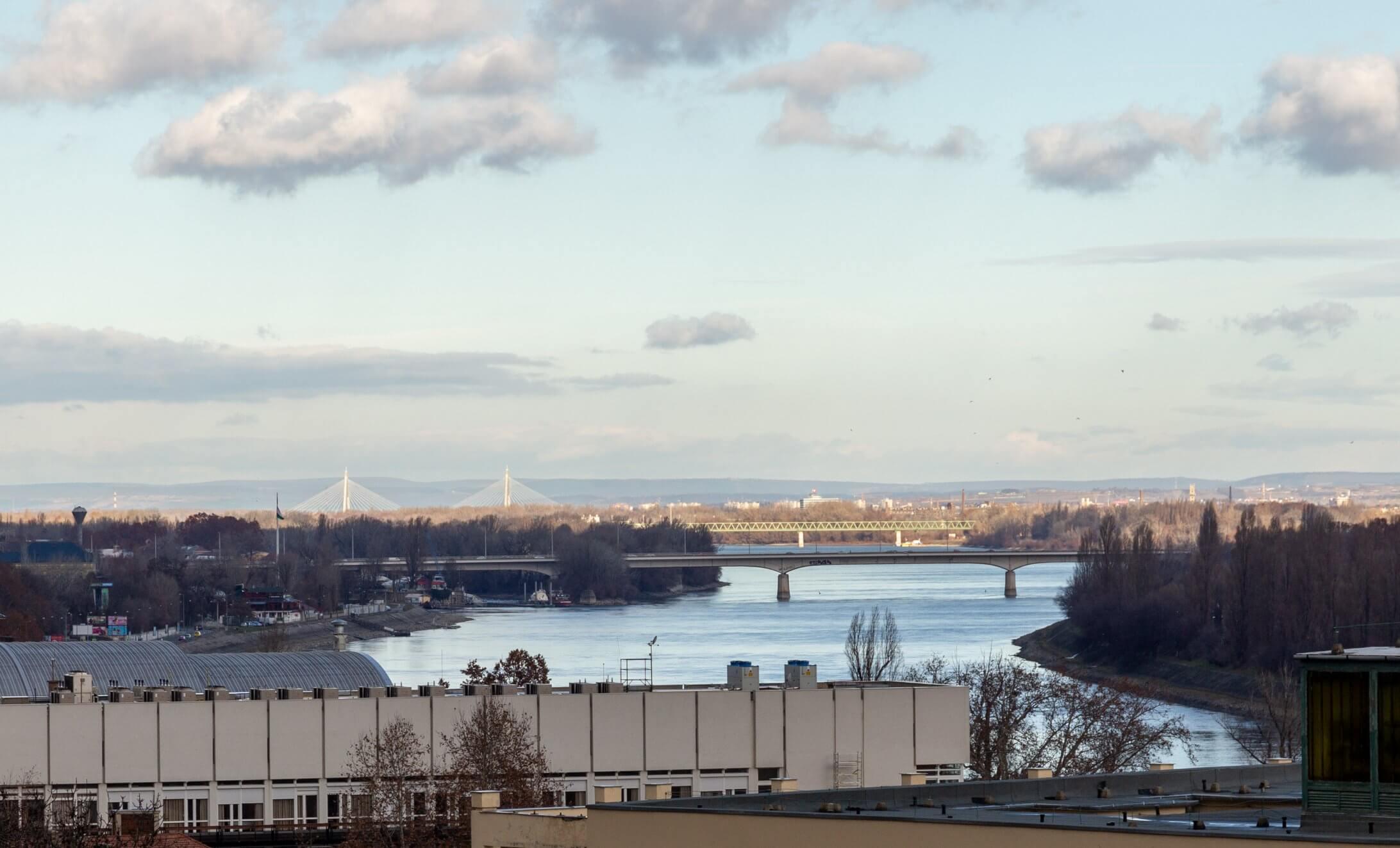 Nördliche Brücken in Budapest