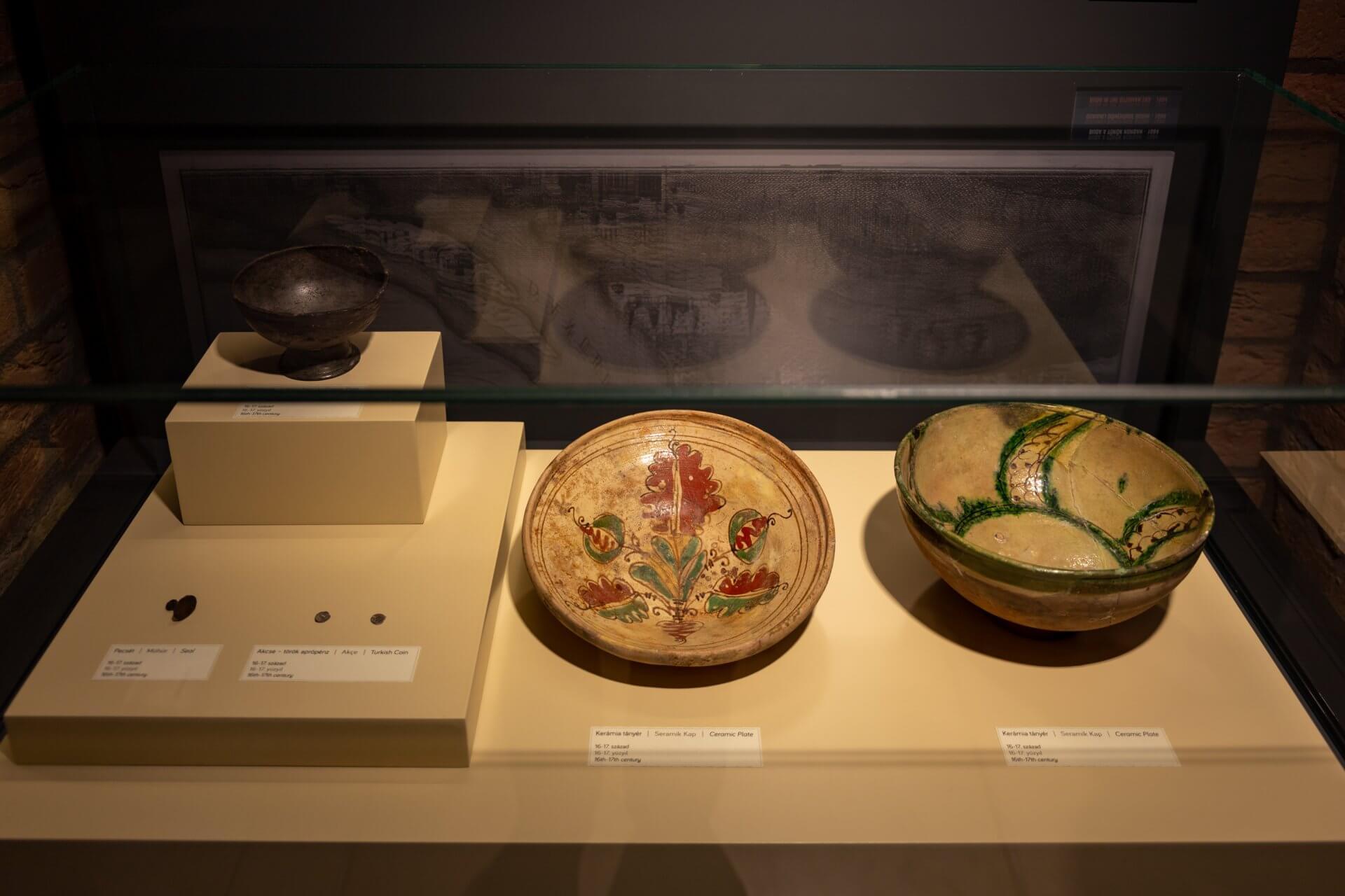 Keramik in der Gül Baba Türbe