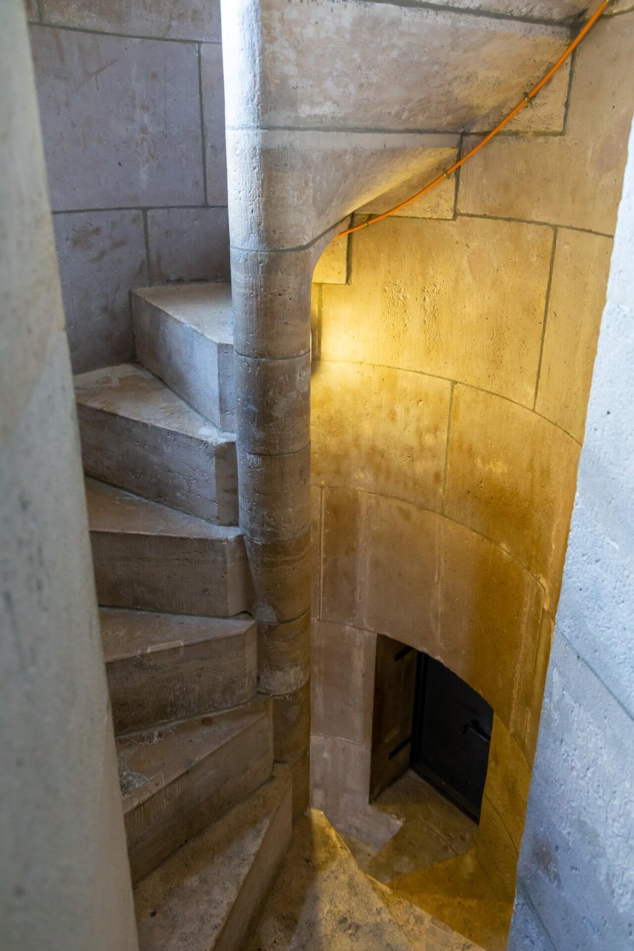 Wendeltreppe im Matthiasturm
