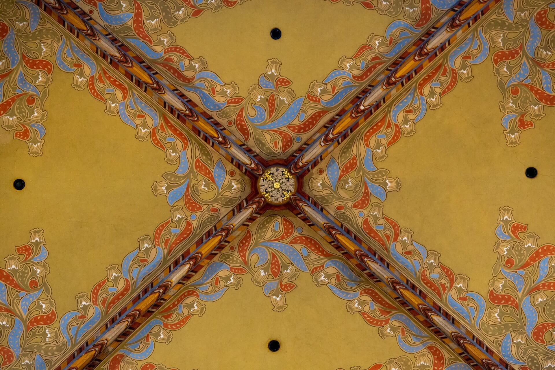Deckenbemalung in der Matthiaskirche