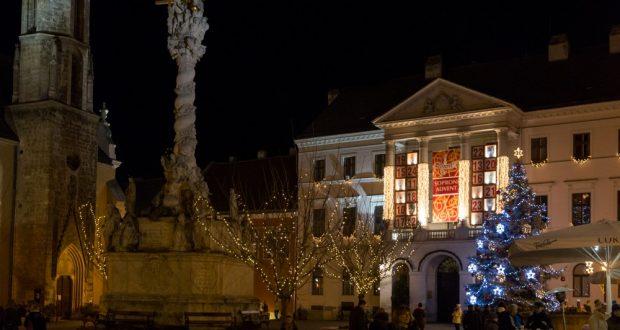 Hauptplatz Sopron, Adventskalender